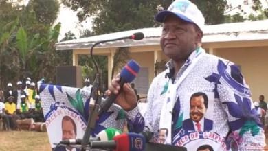Photo of Cameroun – Scandale : Théodore Datouo verse 50 000 Fcfa aux présidents des bureaux de vote à Bangou
