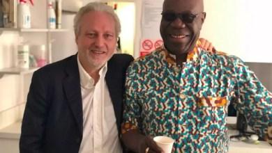 Photo of Hommage du Directeur Général de TV5MONDE, Yves BIGOT à Manu DIBANGO