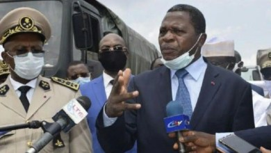 Photo of Cameroun: Paul Atanga Nji, le ministre des dons de Paul Biya