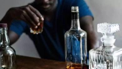 Un buveur d'alcool