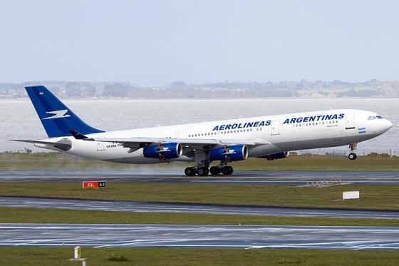 avión AA