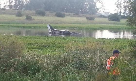 avion caido en uruguay