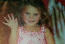 Photo of Girl Who Survived Plane Crash Hoped Family 'Was Just Sleeping'