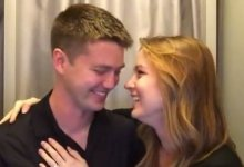 Photo of Dad-To-Be Gets Surprise Of A Lifetime In Emotional Photo Booth Session