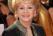 Photo of Hollywood Legend Debbie Reynolds dead, 84