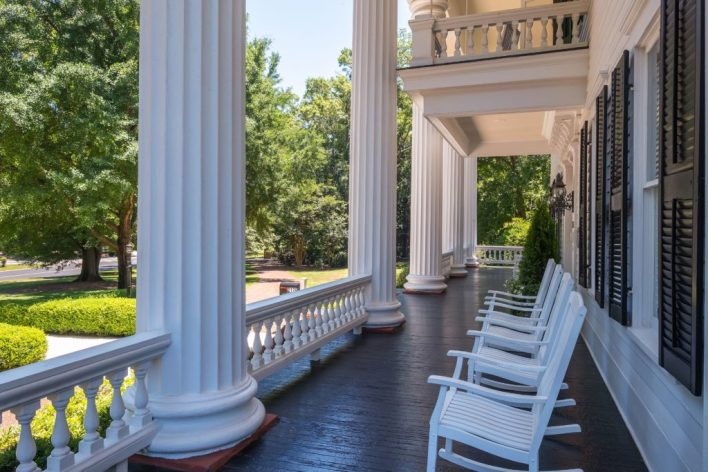 'Gone with the Wind' Mansion Going To Auction