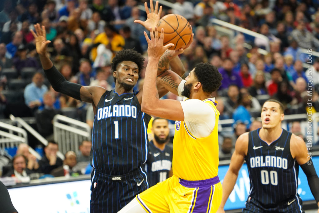 Lakers roll through Magic 96-87