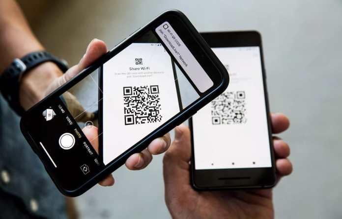 Algérie Poste lance un service de paiement mobile via QR Code