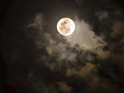 Pleine Lune, insomnie et poésie...