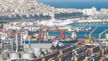 Les importations de l'Algérie ont enregistré en janvier et février 2021 une baisse de 7,86%, a indiqué, lundi la Direction générale des Douanes (DGD) alors que la chine et l'union Européenne (UE) restent ses principaux partenaires commerciaux.