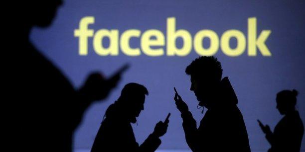 Facebook ferme de faux comptes