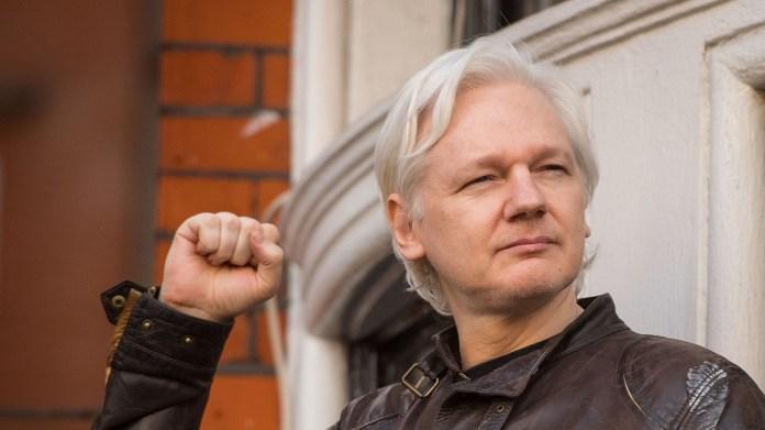 La justice britannique refuse la liberté à Julien Assange