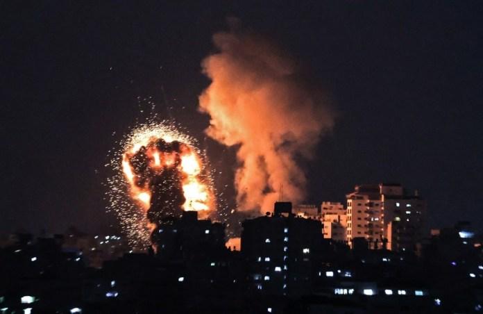Bande de Gaza: le bilan des frappes aériennes israéliennes s'alourdit