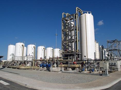 Crise hydrique: les projets de dessalement d'eau de mer relancés