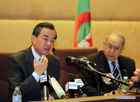 Covid-19: Pékin s'engage à fournir des vaccins à l'Algérie jusqu'à