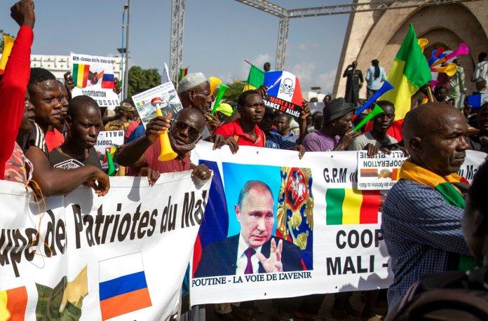 Le russe en Wagner au Mali : Paris s'inquiète et menace