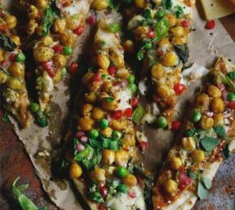 Organic za'atar roasted chickpea naan pizza