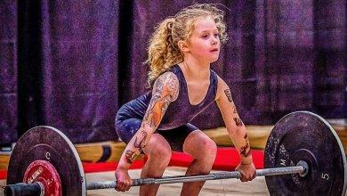 صورة فيديو..الطفلة المعجزة تبلغ 7 سنوات وتستطيع رفع 80 كيلو غرام
