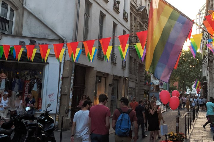 Gay Paris: Discover the Exquisite Gay Neighborhood of the Marais