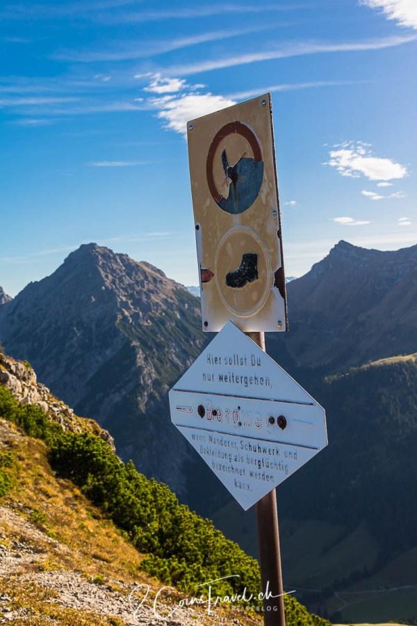 Bergweg Hinweis