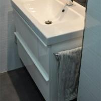 Ikea Hack: Añadiendo unos toalleros al mueble de baño Godmorgon