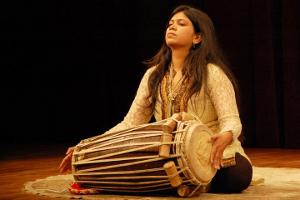 Chitrangana-Agle-Reshwal