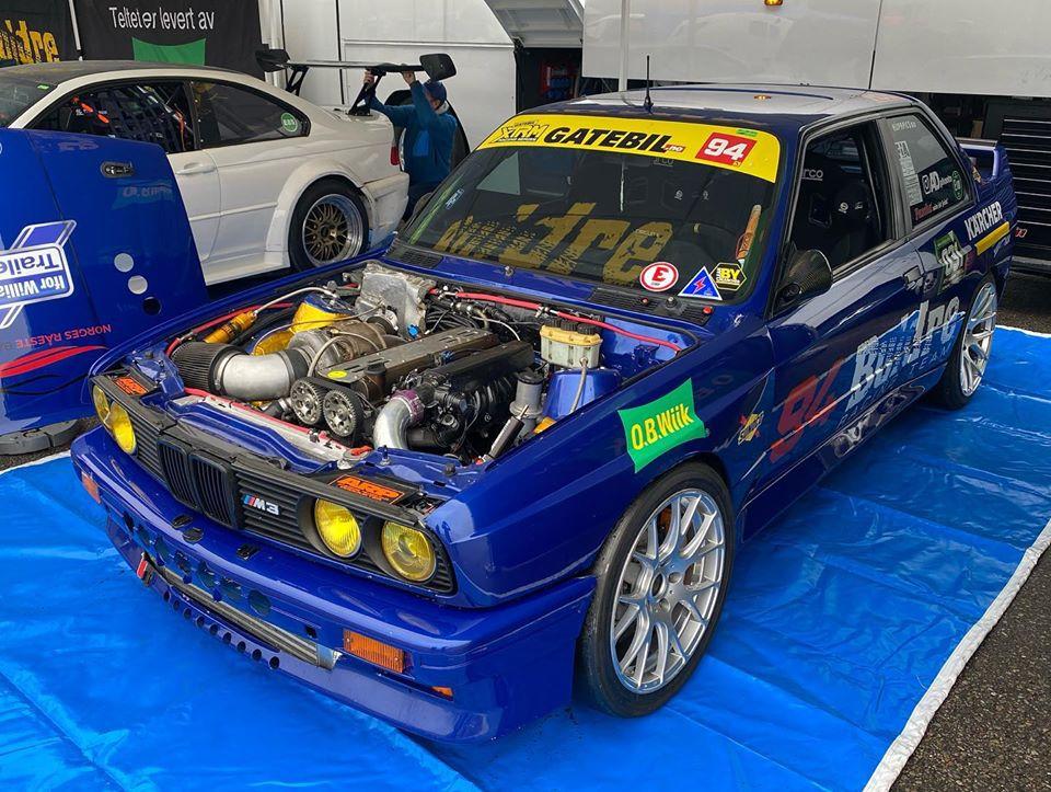 BMW E30 2JZ
