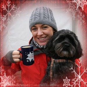 Laura and Sofie with a snowflake border