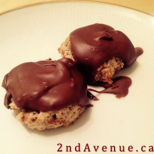 Easy hazelnut chocolate cookies