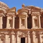 Zum Kloster Ad Deir durchs Hinterland von Petra