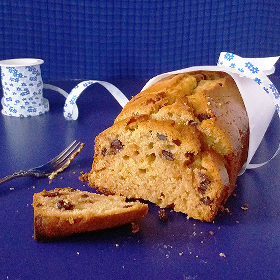 Pear and Honey Moist Loaf stays fresh for days and can be served both as breakfast and dessert. Perfect for holidays.