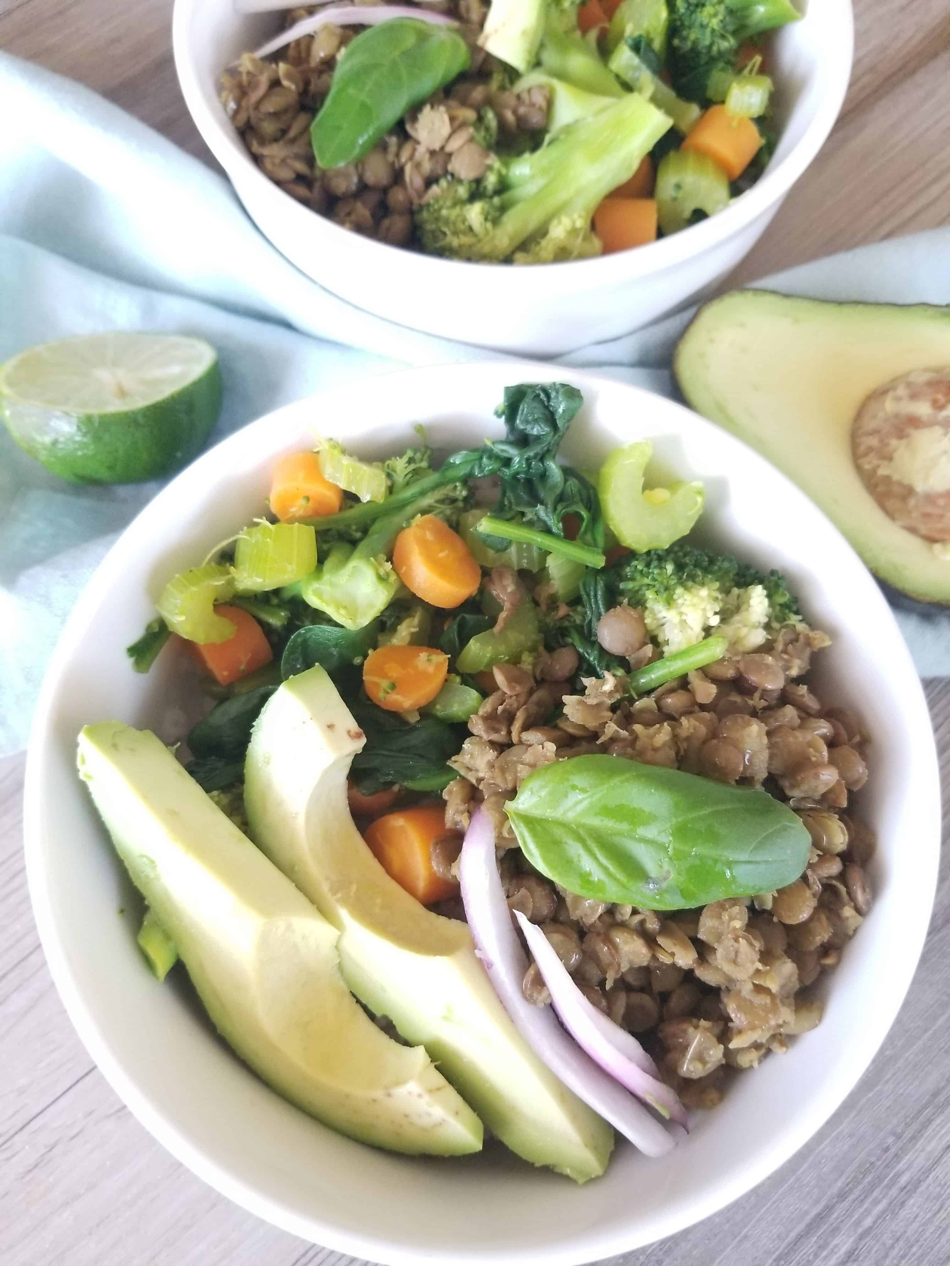 Healthy detox power bowl recipe that is easy, on a budget, gluten free, oil free, plant based vegan. Simple and quick healthy and clean eating dinner recipe with vegetables, brown rice, lentils, avocado, and more. Healthy vegan buddha bowl recipe to cleanse and detox your body. #detox #powerbowl #buddhabowl #healthyrecipe #weightloss