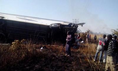 Norton bus overturns Pic: Christopher Musodza
