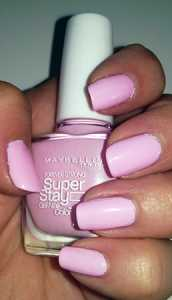 Maybelline SuperStay Nail Polish in Pink In The Park - with Flash