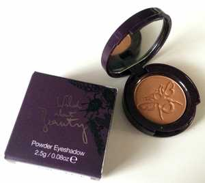 Wild About Beauty Powder Eyeshadow inFern 05