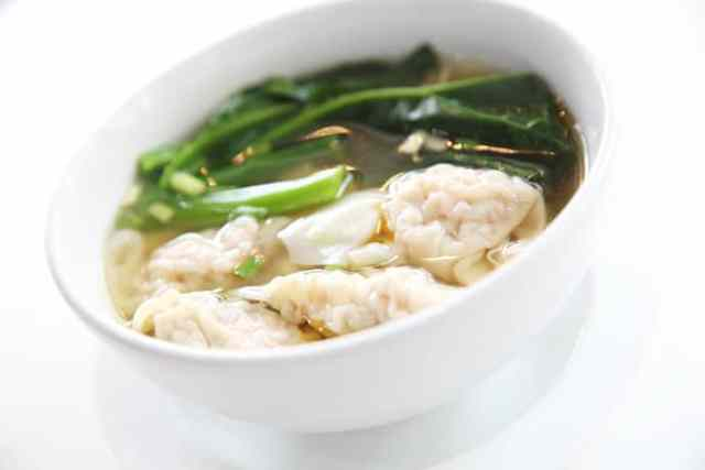 Savory Chinese Pork Dumpling Soup is Like Dim Sum in a Bowl   31Daily.com