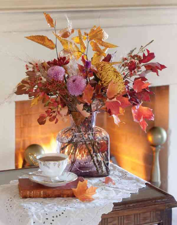 10 Easy Fall Centerpieces for an Autumnal Table   31Daily.com