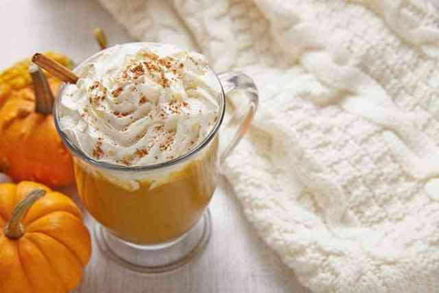 Pumpkin Spice Latte with Homemade Pie Spice Blend