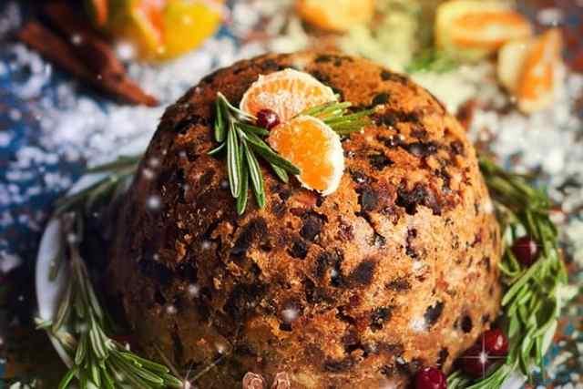 Holiday Tradition: English Christmas Pudding