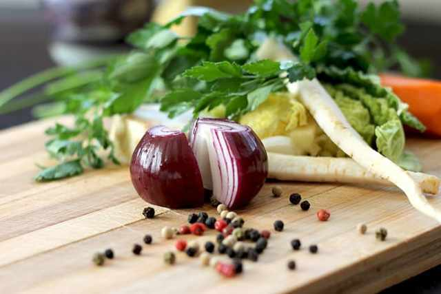 Healthy Living: Favorite Go-To Foods and Always in my Fridge