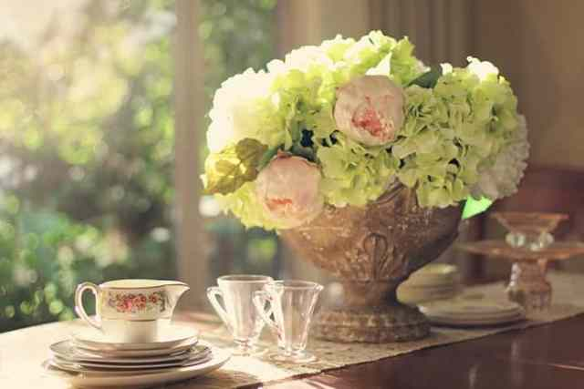 How to Throw an Easy Afternoon Tea Party   31Daily.com