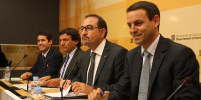 El conseller d'Interior, Ramon Espadaler, i el director dels Mossos d'Esquadra, Manel Prat, en una imatge d'arxiu. (Foto: ACN)