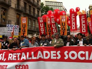 Capçalera d'una manifestació amb afiliats de CCOO l'1 de maig, dia del treballador. (Foto: Twitter/Joves_CCOO)