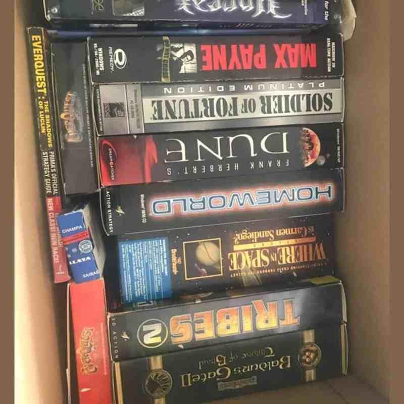 ChezTheHero1 discovered a box of nostalgia so similar to mine... in the UK, stan 1
