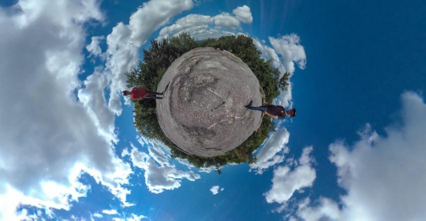 Little Planet 360Penguin