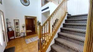 360Rize Forever Home Foyer