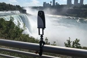 360Rize 360Penguin goes to Niagara Falls