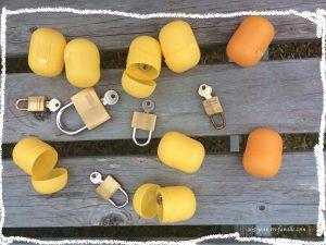 Cadenas et clés et kinder surprise
