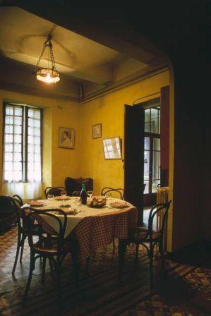 Alles noch wie zu Camus' Zeiten: Blick ins Speisezimmer des Hotel Ollier. ©Foto: Christian von Alversleben