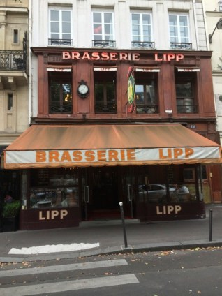Die Brasserie Lipp am Boulevard Saint-Germain. ©Foto: Anne-Kathrin Reif